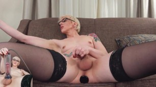 SHEMALE PUMP 3.0 Blonde pretty feet pumping her cock TG LT F